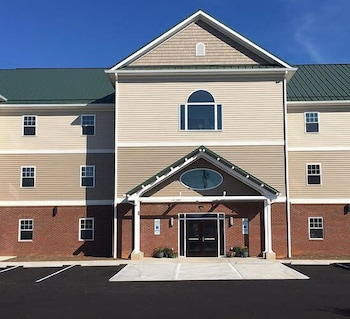 Picture of The Acorn Suites in Mebane