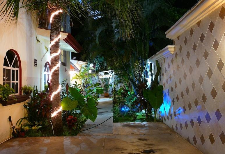 Hotel Villa del Mar, Плайа-дель-Кармен, Терраса/ патио