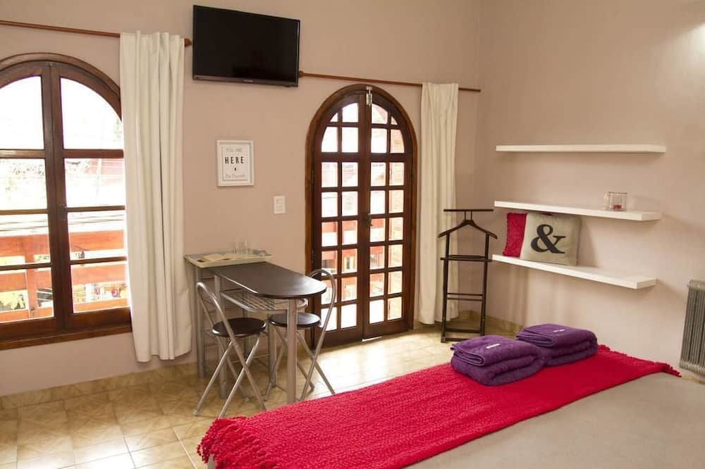 Basic Double or Twin Room, Non Smoking - Guest Room