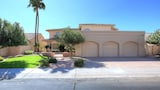 Foto di Bella TPC Estate 3rd Hole 4 Bedroom Condo By Signature Vacation Homes of Scottsdale a Scottsdale