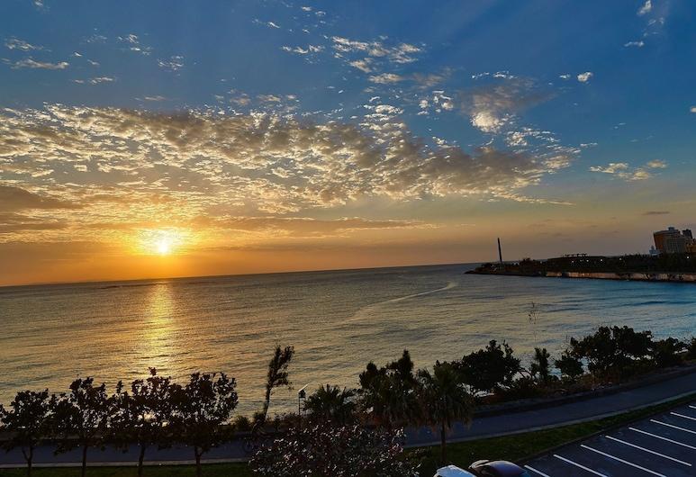 美濱海灘高塔 DSH 飯店, 北谷, 海灘