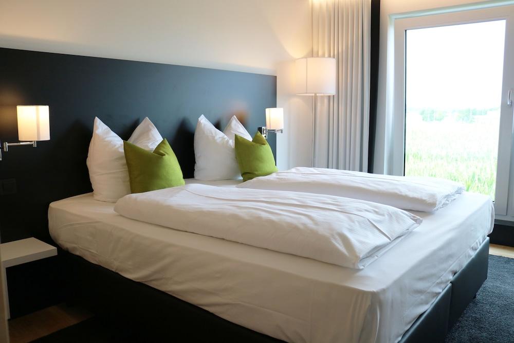 MN Hotel, Mindelheim