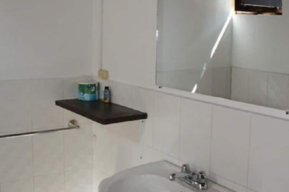 傳統雙人房 - 浴室