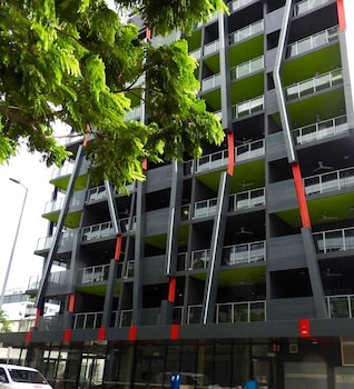 Picture of RNR Serviced Apartments Darwin in Darwin