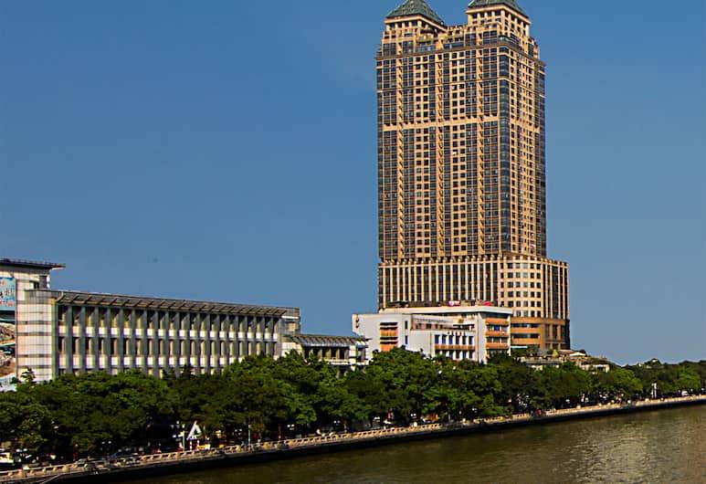 Royal River Apartment, Guangzhou, Bagian luar