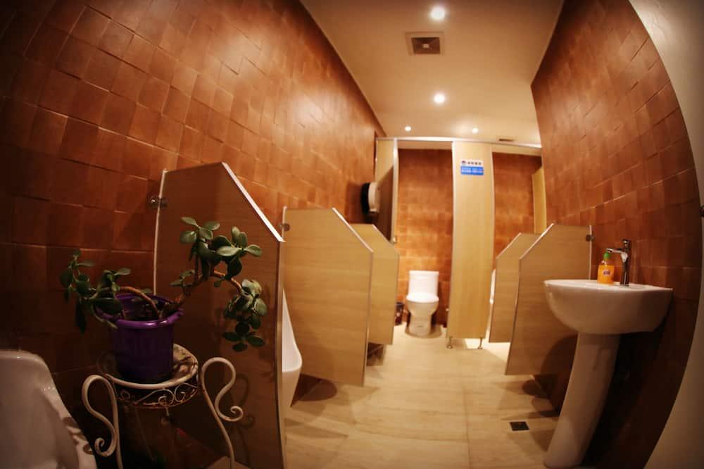 Dortoir Partagé, 1 lit une place (6 Beds Dormitory) - Salle de bain