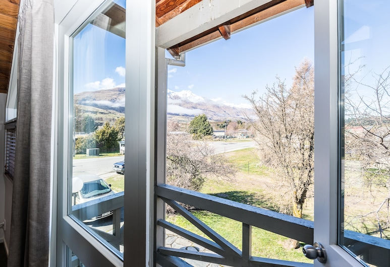 Bold Peak Lodge, Glenorchy, Superior Room, Balcony