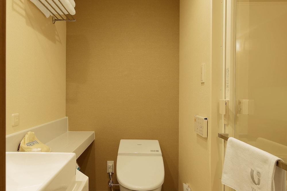 ツインルーム 喫煙可 (18平米) : 1フロア1室のみ - バスルーム