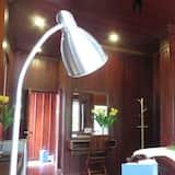 Deluxe Double Room with Balcony - Oda