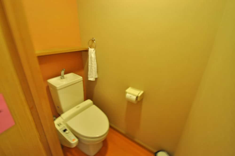 Traditional-Zimmer, Raucher (Japanese Style,  6 Tatami-mats) - Badezimmer