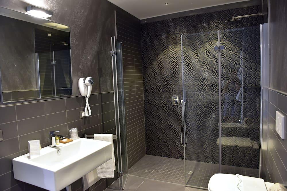 Comfort-Doppelzimmer zur Einzelnutzung - Badezimmer
