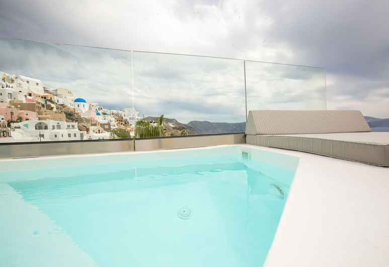 The Dream, Santorini, Suite (Petit, Outdoor heated Jetted Tub), Room