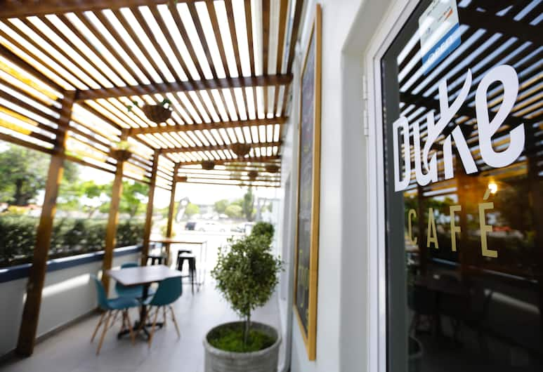 The New National Lodge & Conference, Cape Town, Terrace/Patio