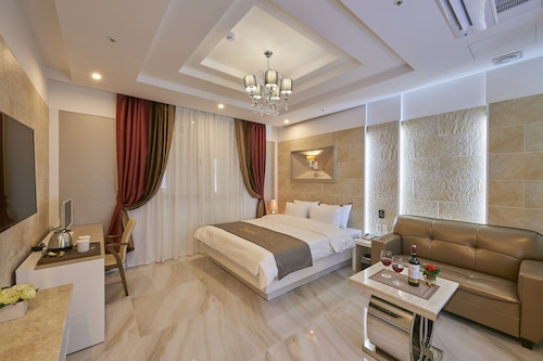 灣茱杜拜飯店/