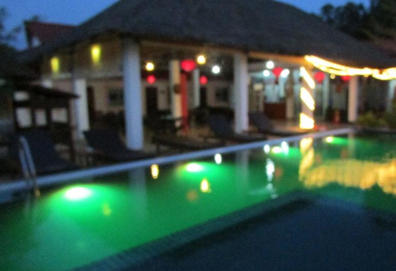 Jully Anna Guesthouse, Sihanoukville, Piscine en plein air