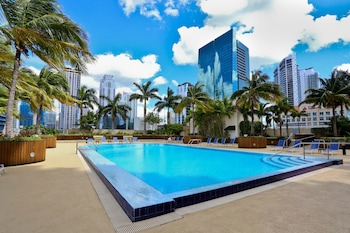 ภาพ Nuovo Miami Apartments at One Broadway Brickell ใน ไมอามี