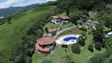 Reserve this hotel in Pereira, Colombia