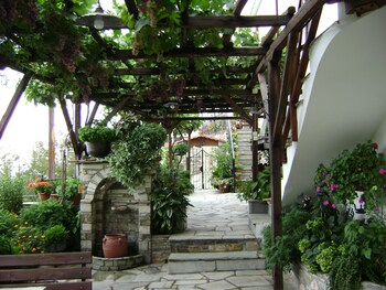 Picture of Villa Dryanouvaina in Volos