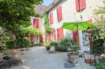 Picture of La Gentilhommière Restaurant Etincelles in Beaumont-du-Perigord
