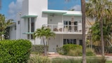 Choose This 3 Star Hotel In Lauderdale-by-the-Sea