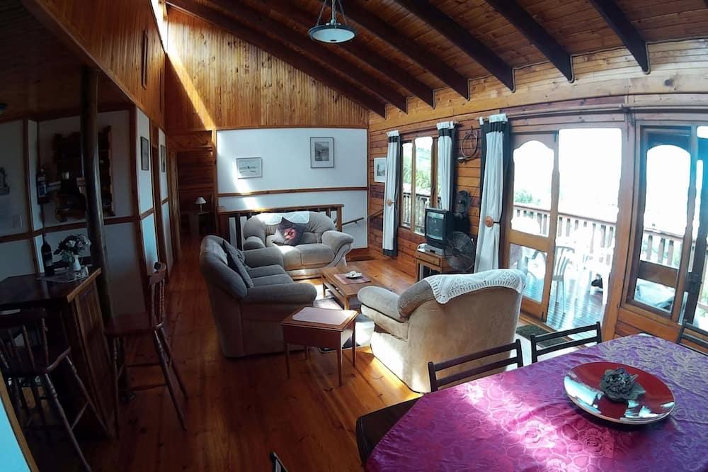 Nhà dành cho gia đình, 3 phòng ngủ - Khu phòng khách