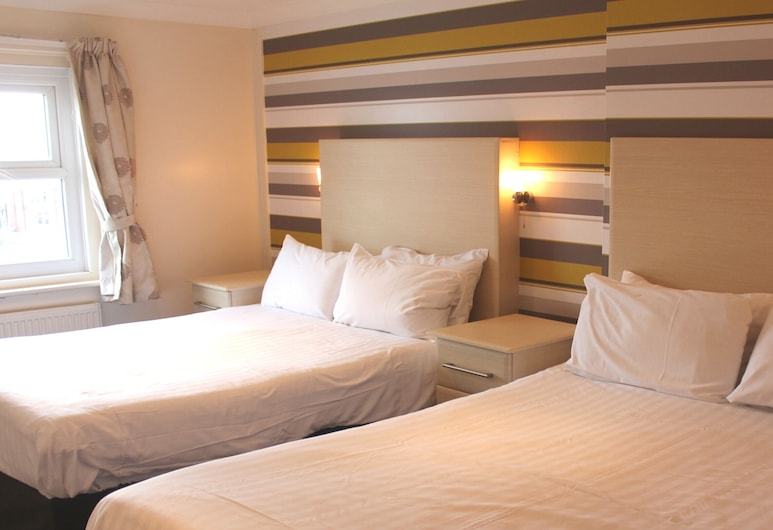 The Royal Boston Hotel, Blackpool, Standard Quadruple Room, 2 Double Beds, Guest Room