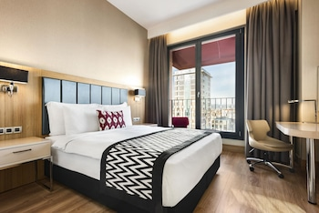 Introduce las fechas para ver los descuentos de hoteles en Eskisehir