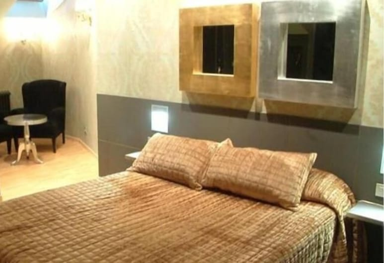 Area Serrano, Buniel, Guest Room