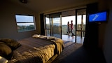 Choose This Luxury Hotel in Greymouth