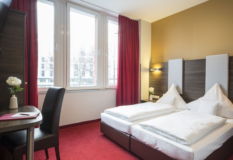 City Aparthotel München, Munich, Double Room (Plus), Bilik Tamu