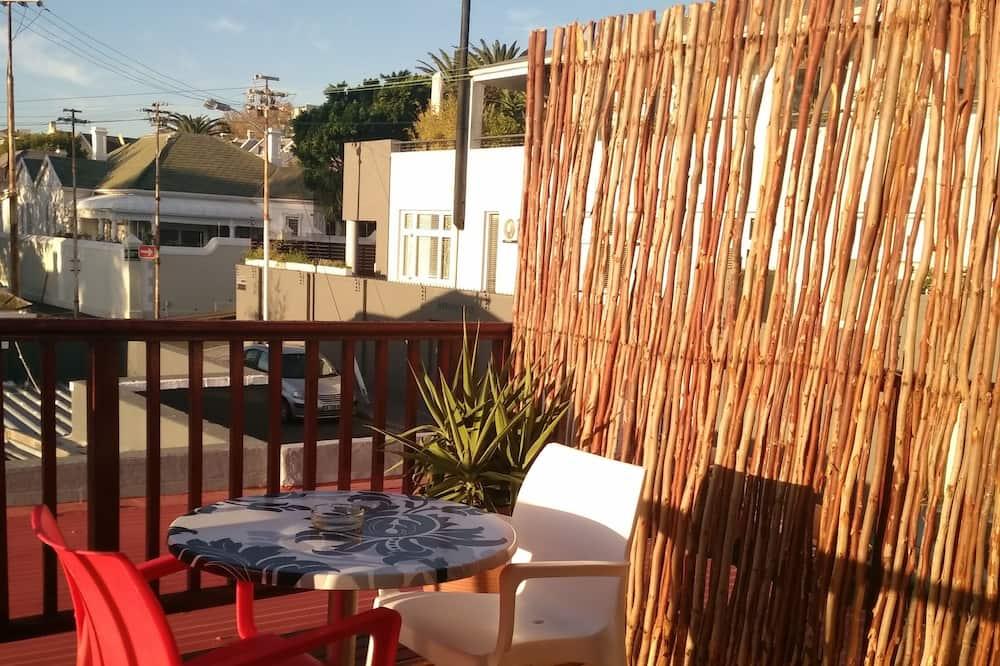 Double Room, private bathroom & balcony  - Balcony