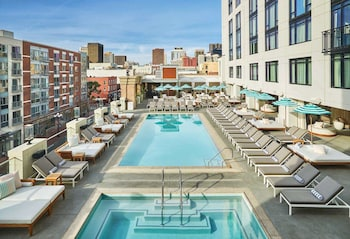San Diego Hotel Deals Special Offers Hotels Com