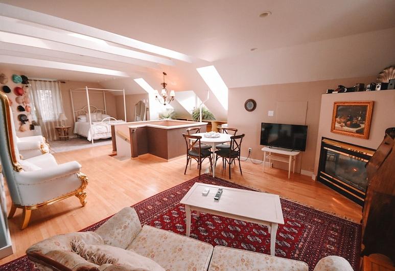 Bella's Castle Bed and Breakfast, Morden, Suite de lujo, Varias camas, Sala de estar