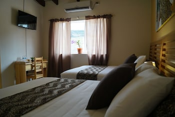 Picture of Hotel Otoch Balam (Bed & Breakfast) in Tegucigalpa