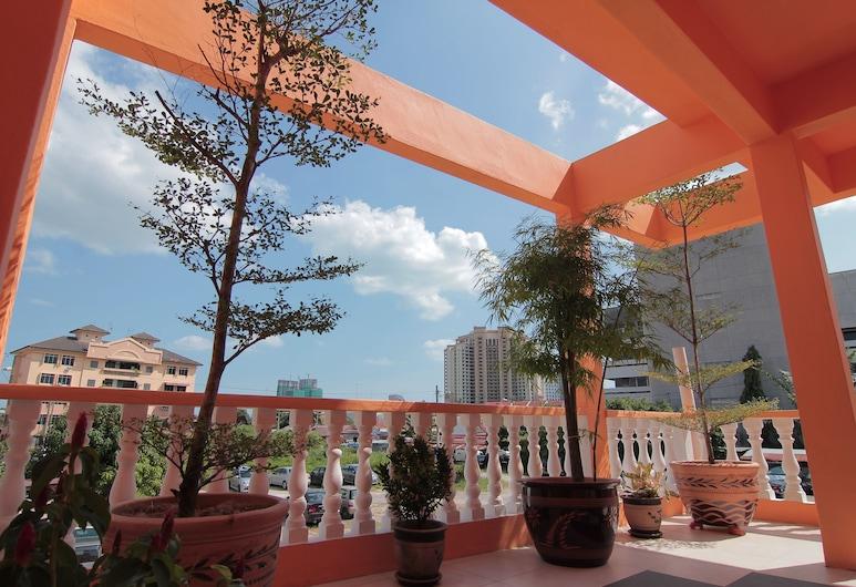 Qish Hotel, Malacca City, מרפסת/פטיו