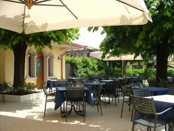 Picture of Hotel Gardenia in Sirmione