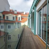 Liukso klasės numeris, 2 miegamieji, terasa - Balkonas