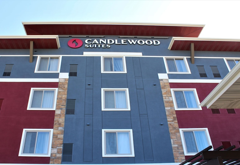 Candlewood Suites Fargo South- Medical Center, Fargo