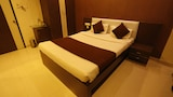 Book this Free Breakfast Hotel in Wakad