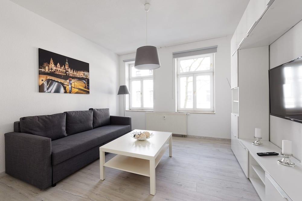 Dzīvokļnumurs (8) - Dzīvojamā istaba