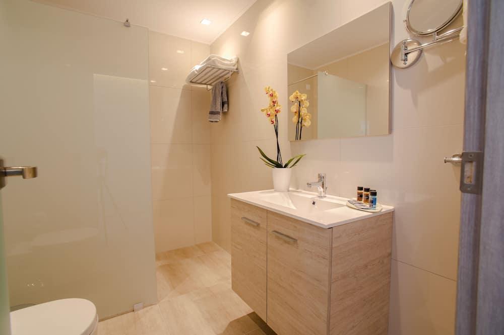 Deluxe Apart Daire, Deniz Manzaralı - Banyo