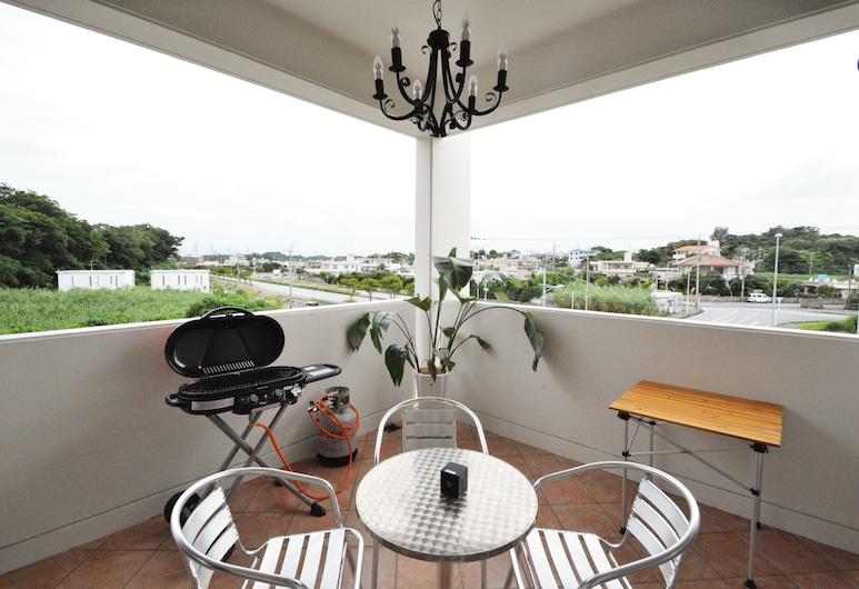白礁公寓飯店, 宇流麻, 尊榮套房, 2 間臥室, 山景, 陽台