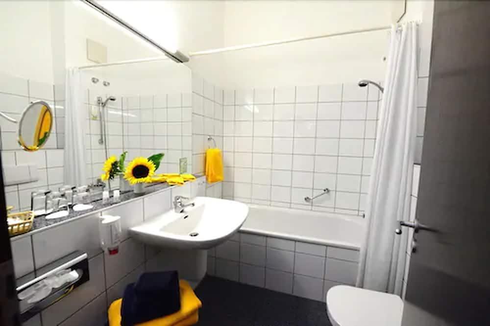 Сімейний двомісний номер - Ванна кімната
