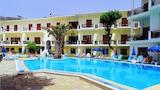 Choose This Cheap Hotel in Parga