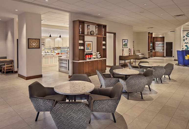 Hyatt Place State College, State College, Lobby Sitting Area