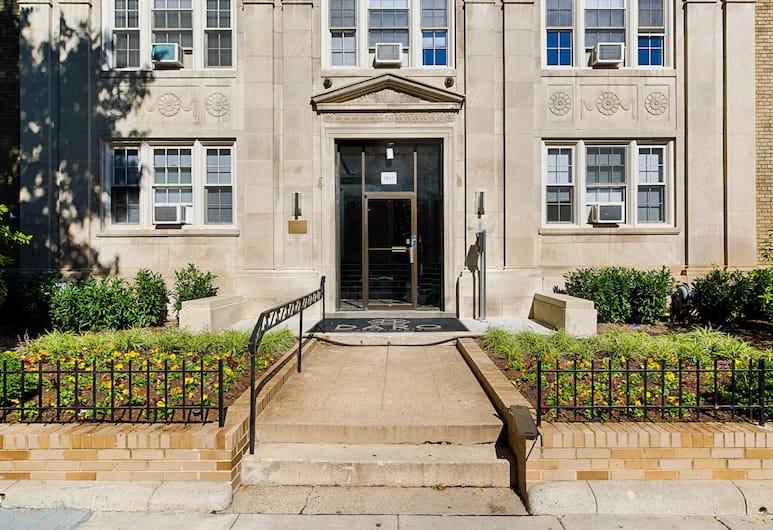 Ginosi Dupont Circle Apartel, Washington