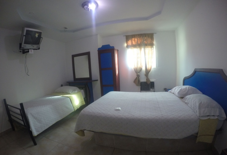 Hotel BackPacker Inn, Panama City, Double Room, Guest Room