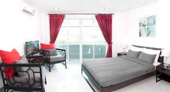 Picture of Surin Beach Rooms in Choeng Thale