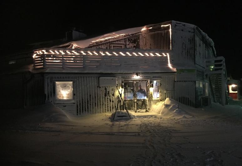 Hemavans Fjällcenter, Hemavan, Pohľad na hotel – večer/v noci