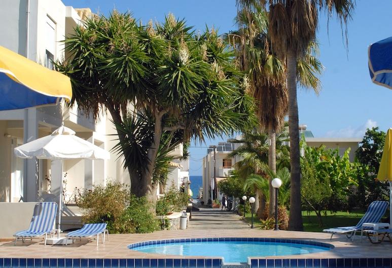 Evilion Hotel, La Canea, Alberca al aire libre